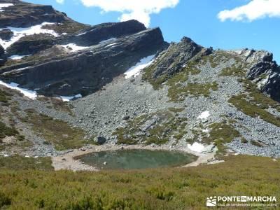 Sierra del Caurel (Serra do Courel) lagunas de gredos puente almudena material trekking